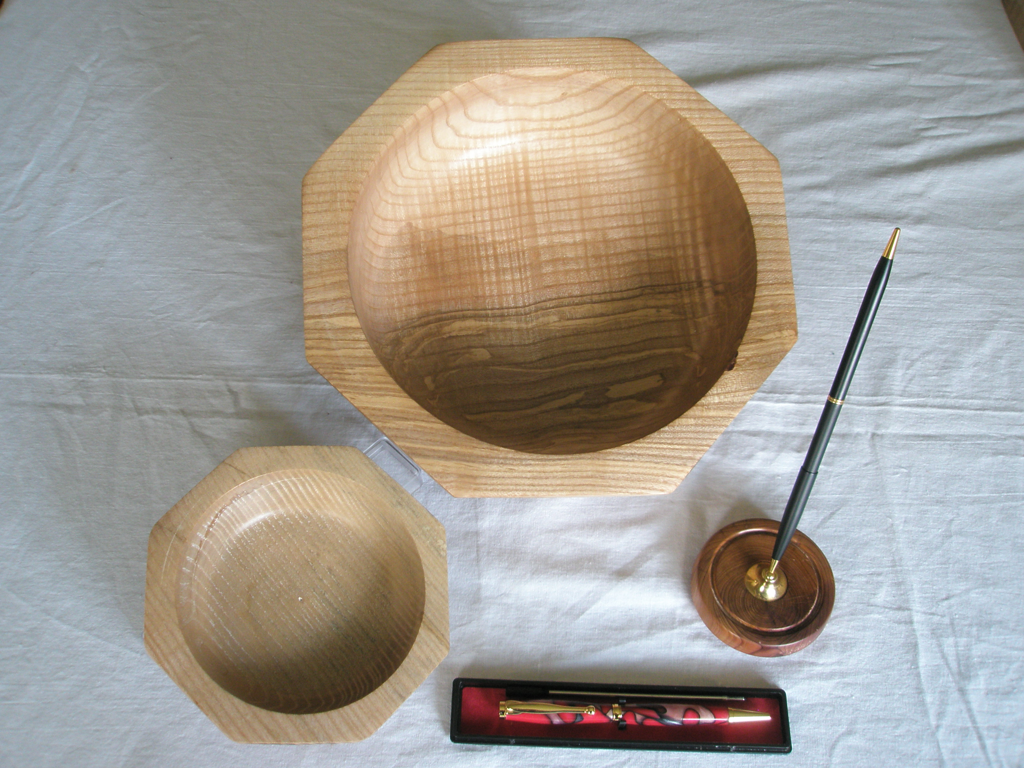 eight sided Ash bowl and Pen holder